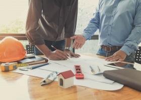 construction-maison-erreur-pièges-à-éviter-suivi-travaux-rénovation
